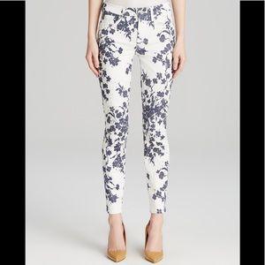 7 FAM Floral Skinny Jean